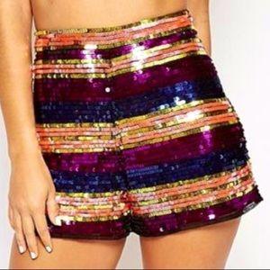 PLUS SIZE striped sequin shorts